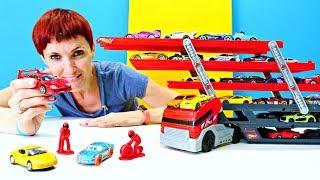 Автовоз и машинки Хот Вилс для детей едут на Гоночный Трек.