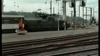 preview picture of video 'France 1991 - Gare de Charleville-Mézières (SNCF)'