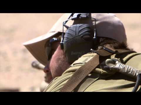Lone Survivor (Featurette 'OTS: Weapons Training')