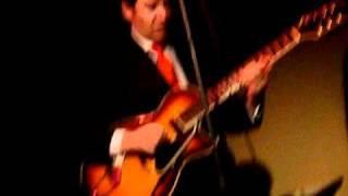 John Pizzarelli - Just the way you look tonight