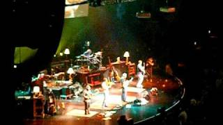 Zac Brown Band - Settle Me Down (new song???) - (LIVE)