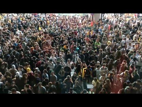 Στους δρόμους οι αυτονομιστές στην Καταλονία