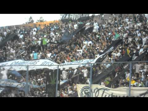 """""""LA GENTE LEPROSA Vs Patronato  ( Si vamos en caravana ♪)"""" Barra: Los Caudillos del Parque • Club: Independiente Rivadavia"""