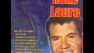 La Secretaria-Mike Laure.
