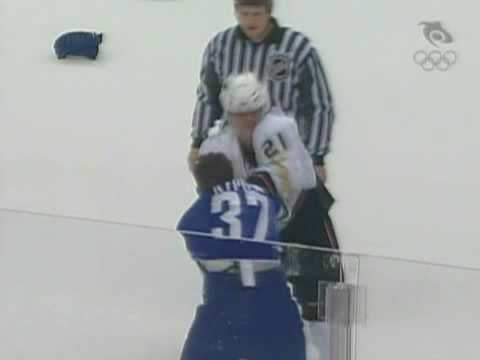 Sheldon Brookbank vs Rick Rypien