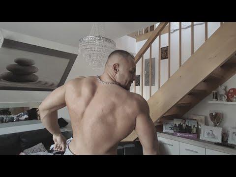 Ćwiczenia na górze mięśni piersiowych w domu