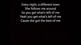 Gambar cover She Got the Best of Me By Luke Combs Lyrics