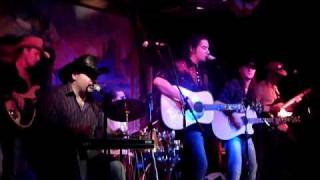 "Billy Ryan sings Alan Jackson ""Thank god for the radio"""