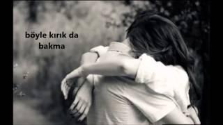 Teoman Ft Irem Candar - Bana Öyle Bakma Şarkı Sözü
