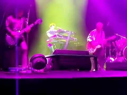 Perth Woman aka LA Woman Billy Idol Kings Park Perth Australia 14-3-2015