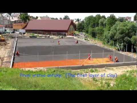 Stavba tenisových kurtů. Tennis Courts Construction. Turnov.wmv