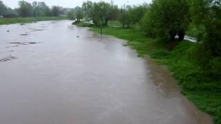 preview picture of video 'Powódź w Czechowicach-Dziedzicach most na Iłownicy I'
