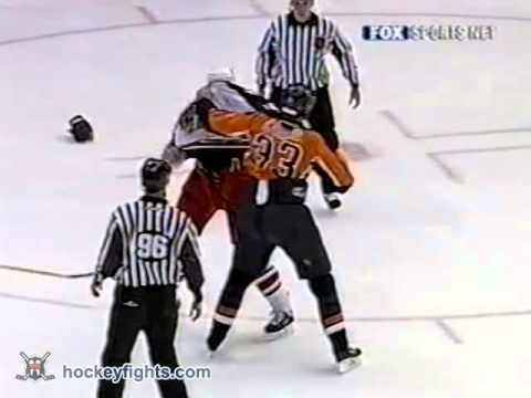 Jody Shelley vs Eric Cairns