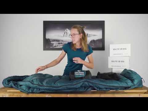Daunenschlafsack von Alpin Loacker - leicht & warm
