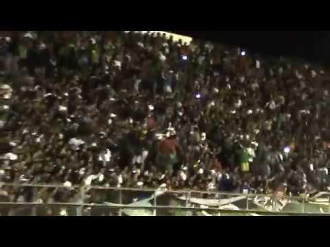 """""""La Banda del Pueblo Viejo vs Argentinos Jrs"""" Barra: La Banda del Pueblo Viejo • Club: San Martín de San Juan"""