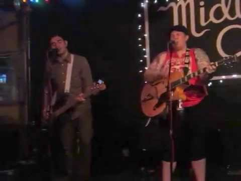 Live Nude Girls - Shaking @ Midway Cafe in Boston, MA (9/19/15)