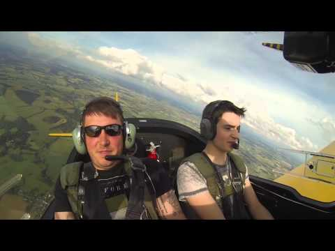 Pilot Scares His Friends In Insane Acrobatic Flight