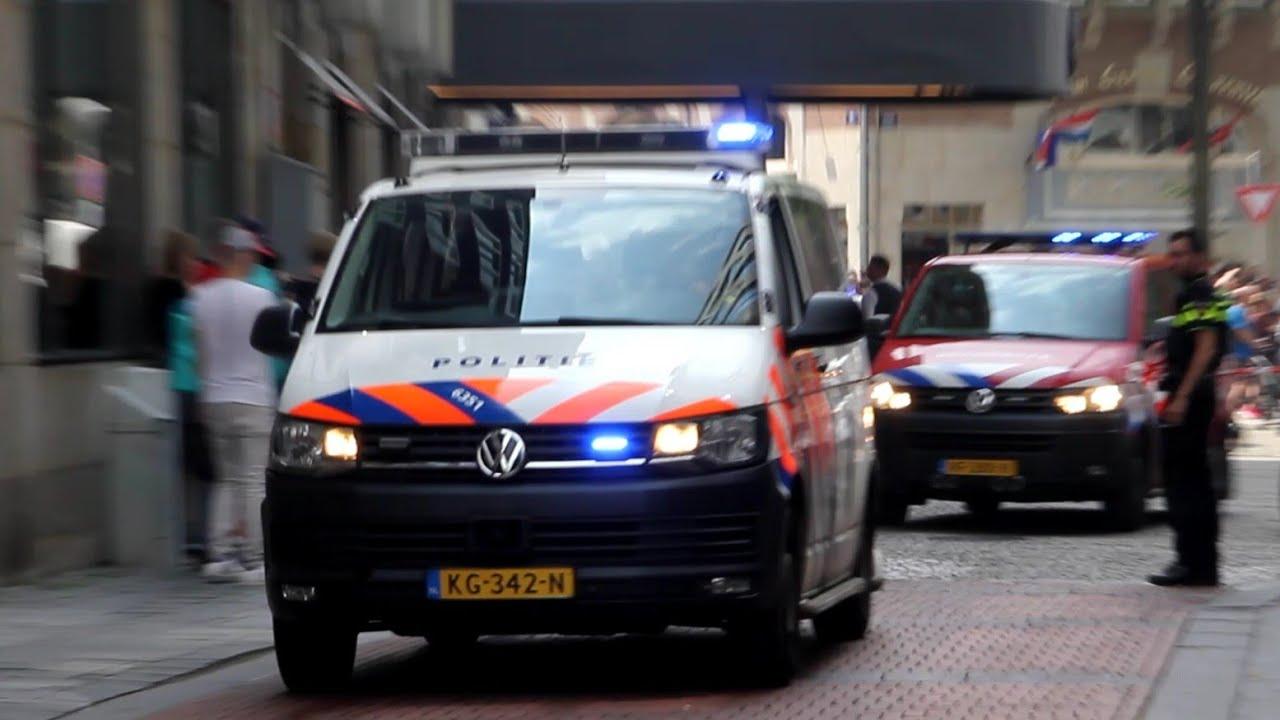 Vele Hulpdiensten met spoed naar een Grote brand in een hotel aan de Warmoesstraat in Amsterdam!