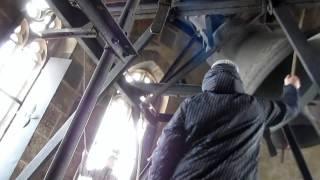 preview picture of video 'Košice (SK) - Dóm sv. Alžebety - zvonenie na MISSA CHRISMATIS ( es´- b´- b´´ )'