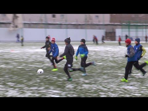 """""""Юнит 2004"""": особенности футбола в зимний период"""
