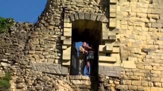 Kobus Engels - Want als ze danst officiële clip (cover Enrique Iglesias Nicky Jam El perdón )