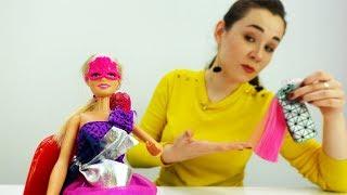 Барби собирается на выпускной бал. Видео для девочек