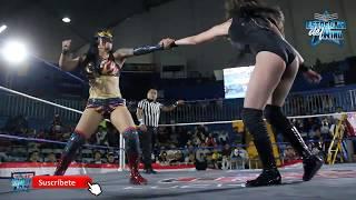 Keira vs Zeuxis vs Lady Flamer en The Crash