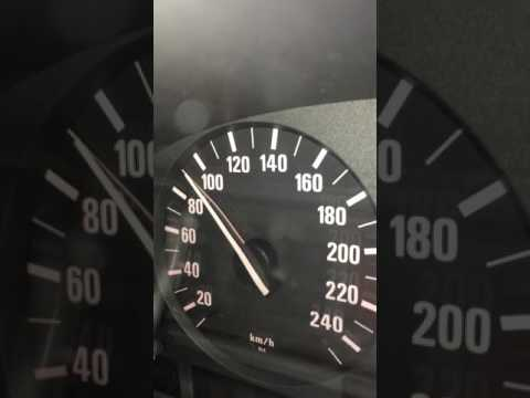 Der Aluminiumkanister für das Benzin 10л