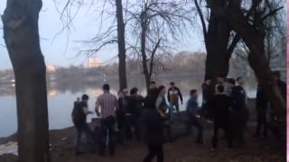Смотреть онлайн Жесткая драка в Москве между кавказцами и русскими