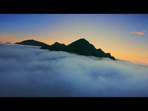 fpv-cinematic-long-range--above-the-clouds-in-lofoten-islands