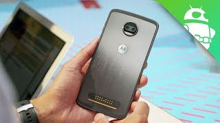 Motorola Moto Z2 Force hands on