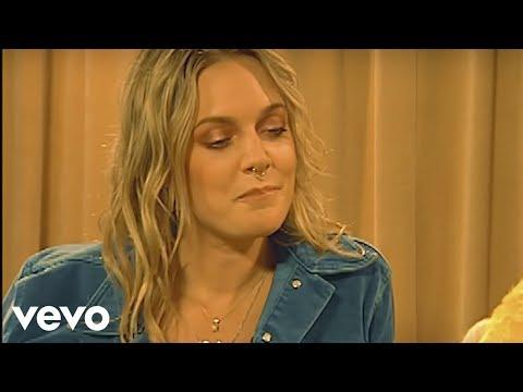 Album Leak: Tove Lo – Blue Lips (2017)