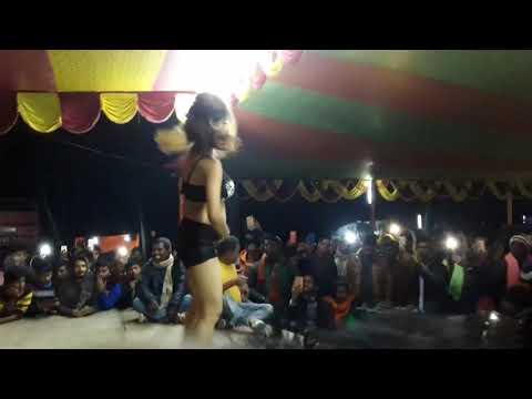 Ladki Ke Piche ghumte Hain Sab ladke Awara Latest Arkestra Dance Daniawan (Patna) 2018