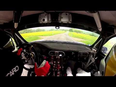PORSCHE GT3 RALLY EN CABINA