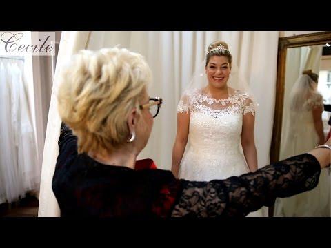 Das steht Plus-Size-Bräuten: A-Linien-Kleid mit kurzem Schleier