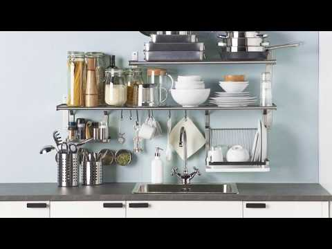 IKEA - Eine aufgeräumte Küche durch clevere Wandregal-Lösungen