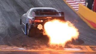 Jet Funny Car's Throttle Blips/Afterburner Pops sound like a Battlefield! NitrOlympX 2017 Final Show