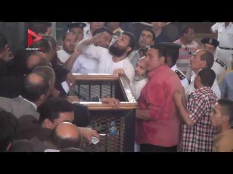 مشادات بين أمن المحكمة والمتهمين والمحاميين في قضية فض اعتصام رابعة