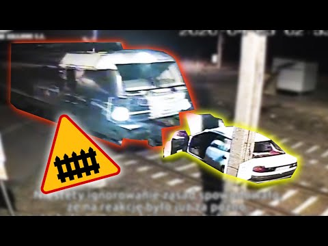samochod-staranowany-przez-pociag-na-przejezdzie-kolejowym-jest-nagranie