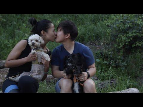 Love, Paint, Life: A Chinese Lesbian Couple's La La Land 一名ABC和云南女生的爱情故事