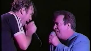 Jimmy Barnes/John Swan - When Something is Wrong With My Baby (live at the Australian Grand Prix)