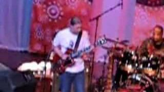 Derek Trucks Band - So Close, So Far Away - Live