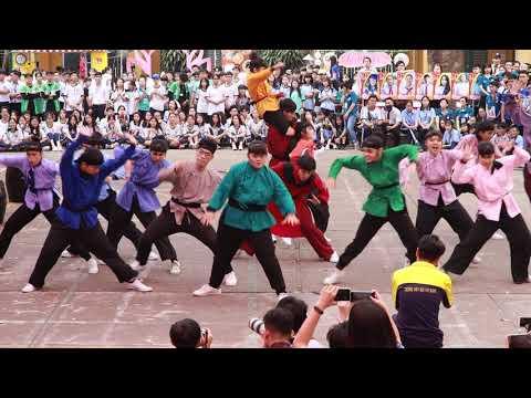 """Phần diễn flashmod """"Hào khí Việt Nam"""" của trường Marie Curie 2020"""