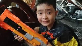 Tony | GIẢI CỨU Gia Đình Chuột Gấu - NERF BATTLE Liberate Hamster