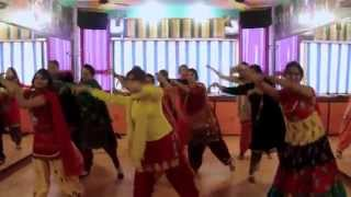 Learn Easy Bhangra & Gidha Steps on Live Dhol | Dance Steps on Dhol Beats