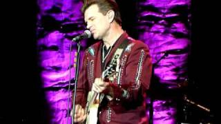 Chris Isaak - Lonely With A Broken Heart @013