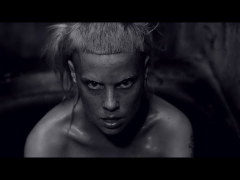 'I FINK U FREEKY' by DIE ANTWOORD (Official) (видео)