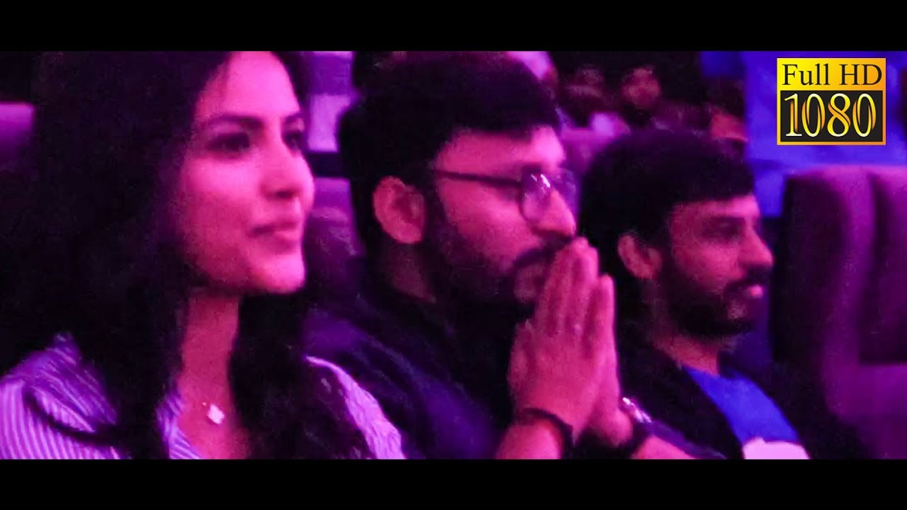 FULL HD VIDEO: RJ Balaji & Priya Anand at LKG FDFS Celebration at Rohini theatre!