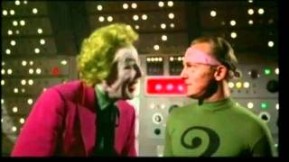 Joker Riddler Face to Face Laugh - (larger picture)