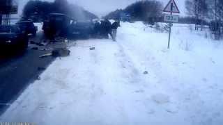 НА видеоригестратор Авария и ДТП  на трассе Арзамас - Нижний Новгород  ЖЕСТЬ!!!!!